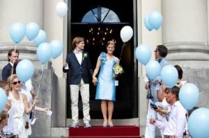 Ideeen huwelijk ballonnen alternatief traditie rijst gooien